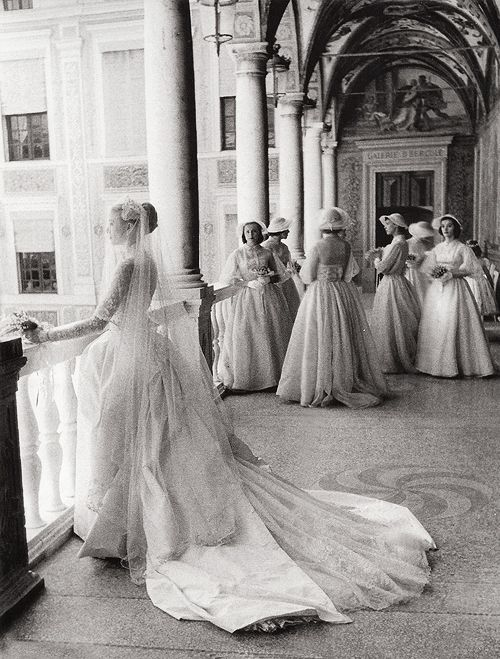 Above, Grace Kelly and her bridesmaids in 1956.